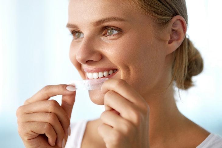 Paski do wybielania zębów - na czym się skupić decydując się na ich wybór?