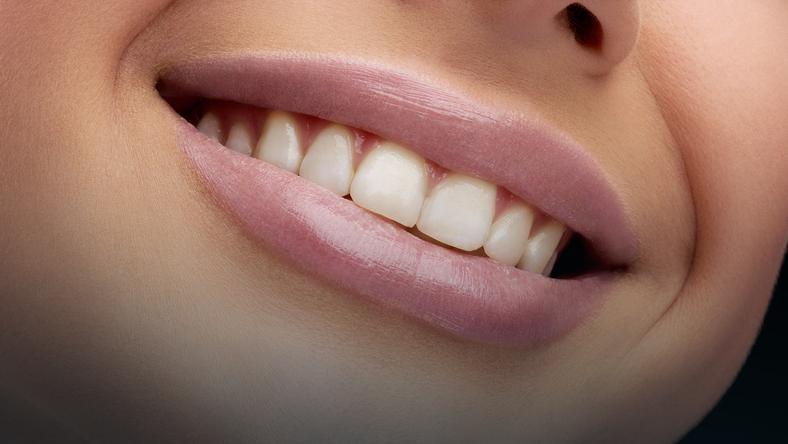 Jakie są najlepsze paski do wybielania zębów?